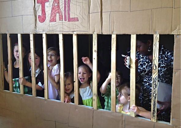 "Kids in the ""Jail"""